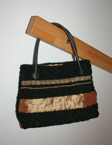 Selbstgenäht: Upcyling Handtasche aus Persianerpelz