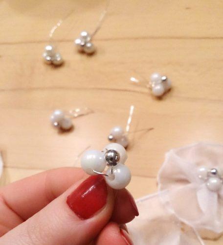 Hochzeit Haarschmuck: Blütenmitte aus Perlen
