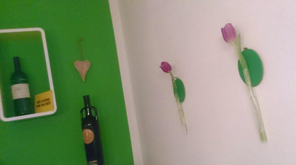 verschiedenArt: DIY Blumenvase aus Kork und Reagenzglas